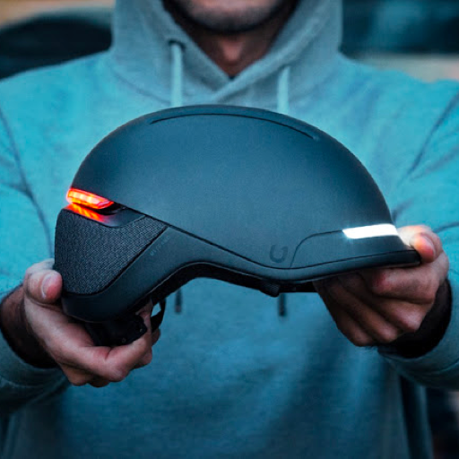 faro by unit 1: a sleek, visibility-first smart helmet